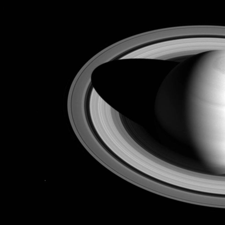 shadow of Saturn on the rings (NASA/JPL-Caltech/Space Science Institute, for further information, click on image)